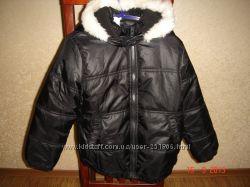 Демисезонная курточка Chicco. Новая, р122
