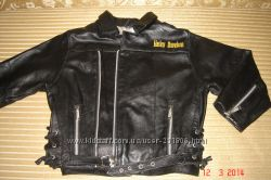Натуральная кожаная куртка Harley-Davidson.