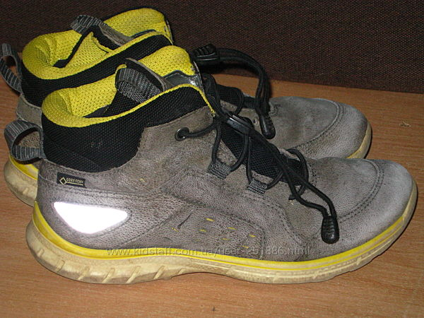 Деми ботинки Ecco с мембраной GoreTex р 33-21.5см Отличное состоя