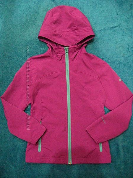 класснючая курточка  Columbia р 7-8 лет Состояние новой