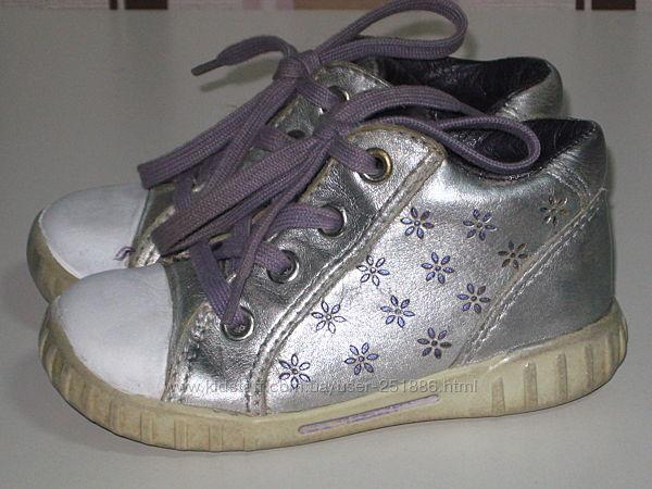 Кожаные деми ботинки ECCO р 23-15см Отличное состояние