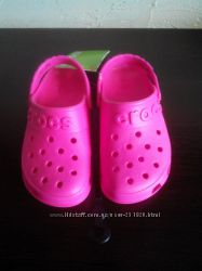 Новые яркие крокс Crocs Hilo Clog