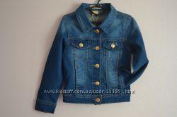 Классический джинсовый пиджак на девочек. Размеры от 5-ти до 9-ти лет.