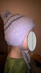 Шапка зимняя на об. 46-48, в подарок варежки, можно для двойни