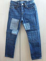 стильные джинсы с заплатками