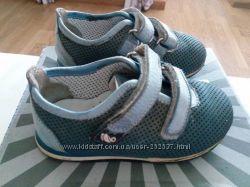 Продам кроссовочки мінімен или Перлина 21р, стелечка 13. 5см.