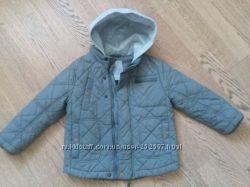 В отличном состоянии курточка next демисезон, рост 104