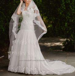 Элегантное свадебное платье с круживами и шлейф Rosa Clara Испания оригинал
