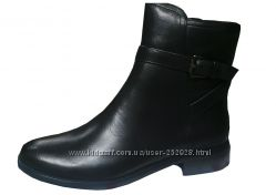 Супер кожаные женские осенние ботинки на низком каблуке с ремешком