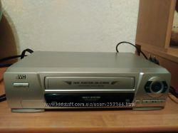 Видеомагнитофон JVC hr-p185ee