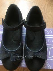 Ортопедические туфли школу 31 и 32 размеры