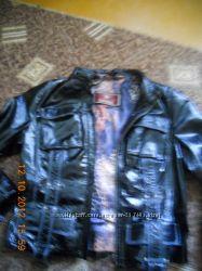 Кожаный лаковый пиджак