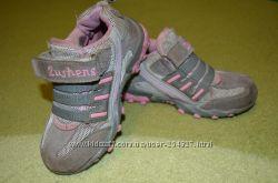 Серые кроссовочки 25 р-р по стельке 14, 5 см