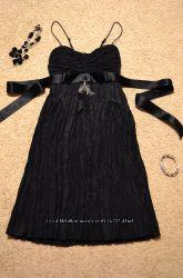 6e417488a55 Маленькое жатое черное платье OGGI XS