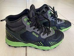 Ботинки TEVA  стелька 21,5 см