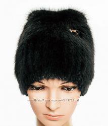 Вязаная шапка Кошка из натурального меха ондатры на вязаной основе.