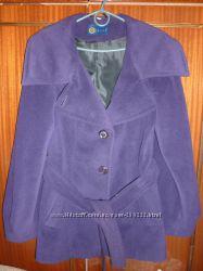 Демисезонное пальто, размер 44-46.