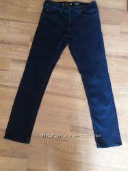 Новые джинсы. Размер 32. Классика.