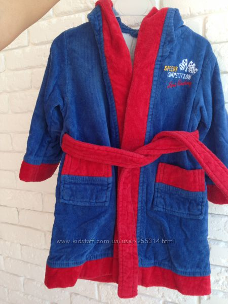 Яркий халат Chicco 170 грн