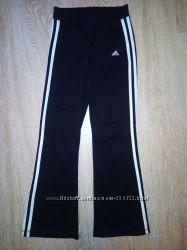 Спортивные штаны ADIDAS 146 р.