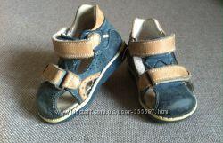Ортопедические сандали Панда размер 19, по стельке 13 см.