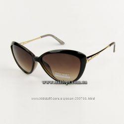 Солнцезащитые очки.