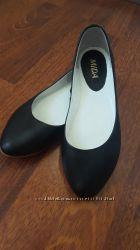Черные кожаные балетки