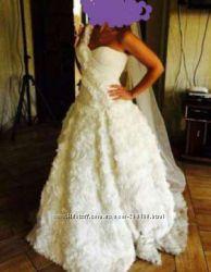 Очень шикарное Свадебное платье 44р