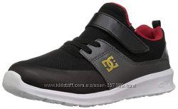 Детские кроссовки DC 30, 31, 32, 33, 34 размеры. Очень легкие