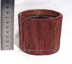 Кашпо круглое из коры со стаканом 9 см.