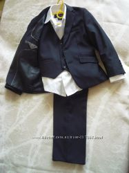 Школьный костюм 3-ка, темно -синий рубашка Benneton в подарок