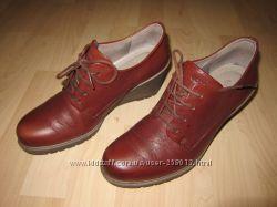 Модные ботинки ECCO на танкетке 39 р. Дешево Как новые