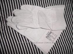 Крепкие перчатки для хоз. работ
