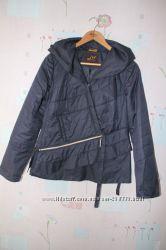 Куртка ветровка перфорация необычная застежка