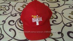 Новая котоновая красная кепка с чемпионата мира по футболу 2014