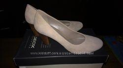 Новые туфли GEOX замшевые бежевого цвета 37 размер