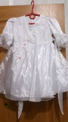 Продам нарядное платье 2-4 года