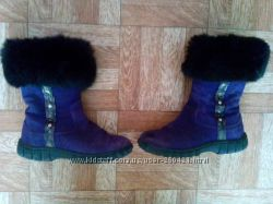 Продам зимние замшевые сапожки Tiranitos 28 размера