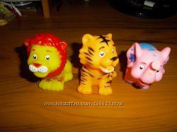Резиновые игрушки пищалки 3 за 100 руб.