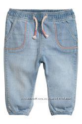 Джинсы  H&M  для мальчиков 12-18 и 18-24 мес