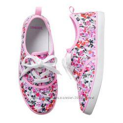 Цветочные кеды для девочки Gymboree