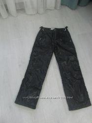 Черные зимние брюки  фирмы Sela