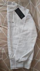 Толстовка Reseved, белый цвет, р. 146-156 см. 100 хлопок.
