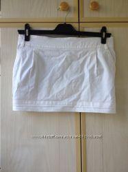 Стильная белая юбка Phard