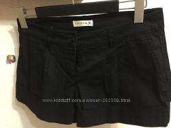 Стильные черные шорты Vitrin