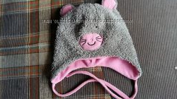 продам зимнюю шапочку на девочку 3-5 лет