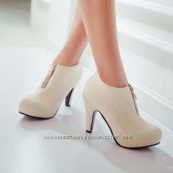 Кожаые женские ботинки,