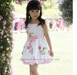 Красивое с  цветами платье для девочки