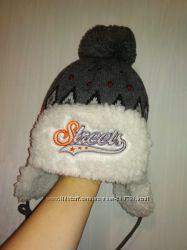 Теплая зимняя шапка Польша