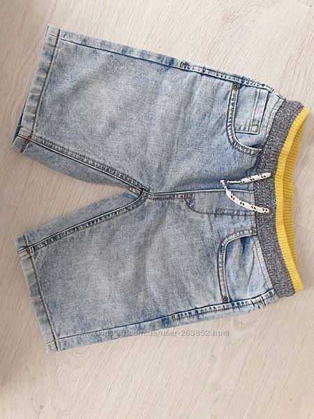 Шорты джинсовые, состояние идеал, 110р.